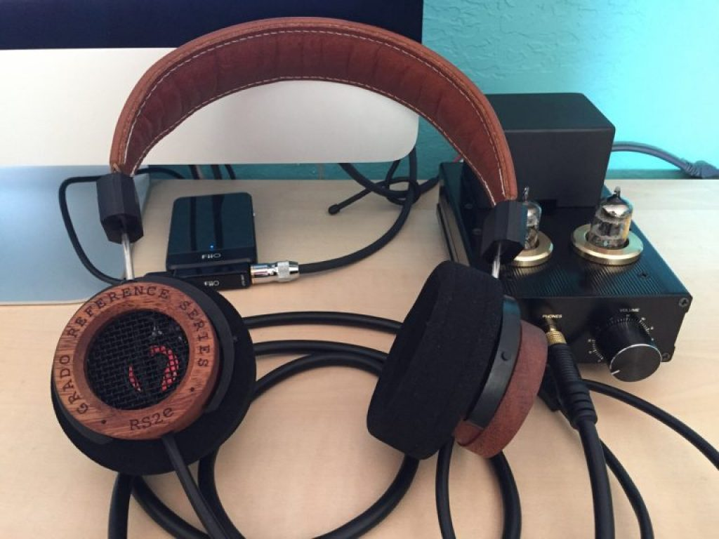 In Ear HeadphoneWireless Headphones Grado Reference Series RS2e