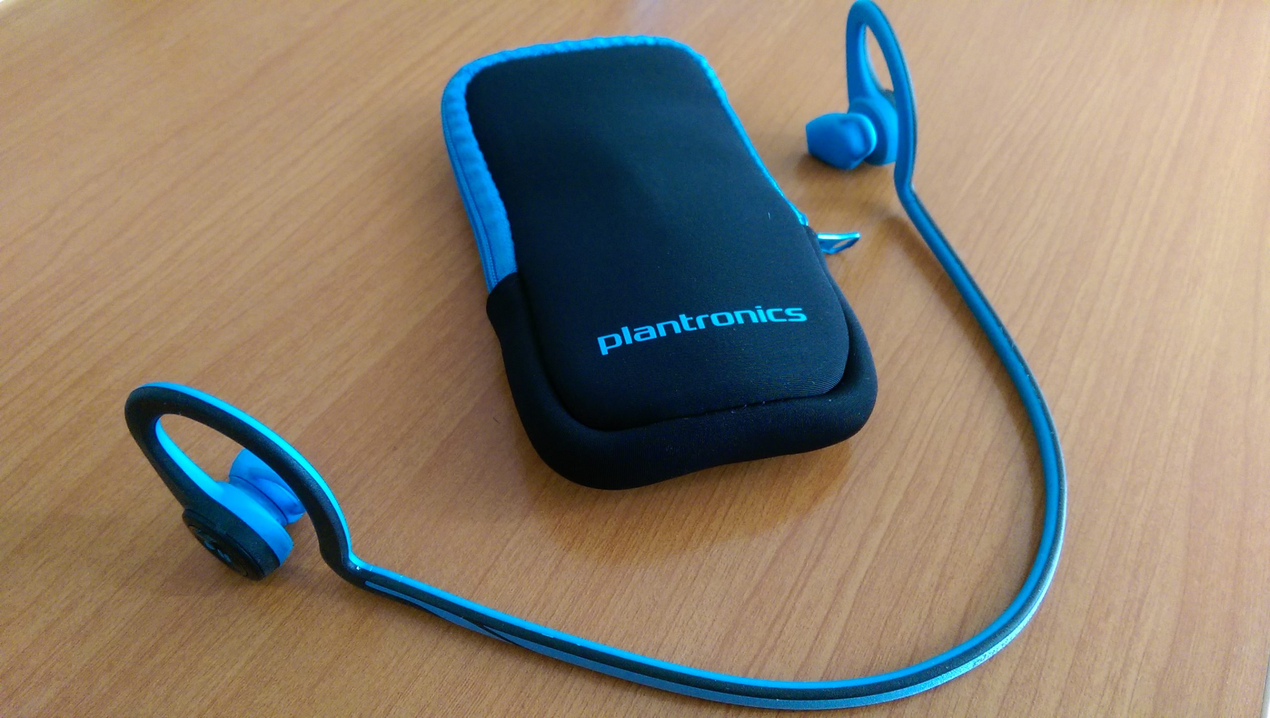 Plantronics Backbeat Fit Earbuds Headphone Guide