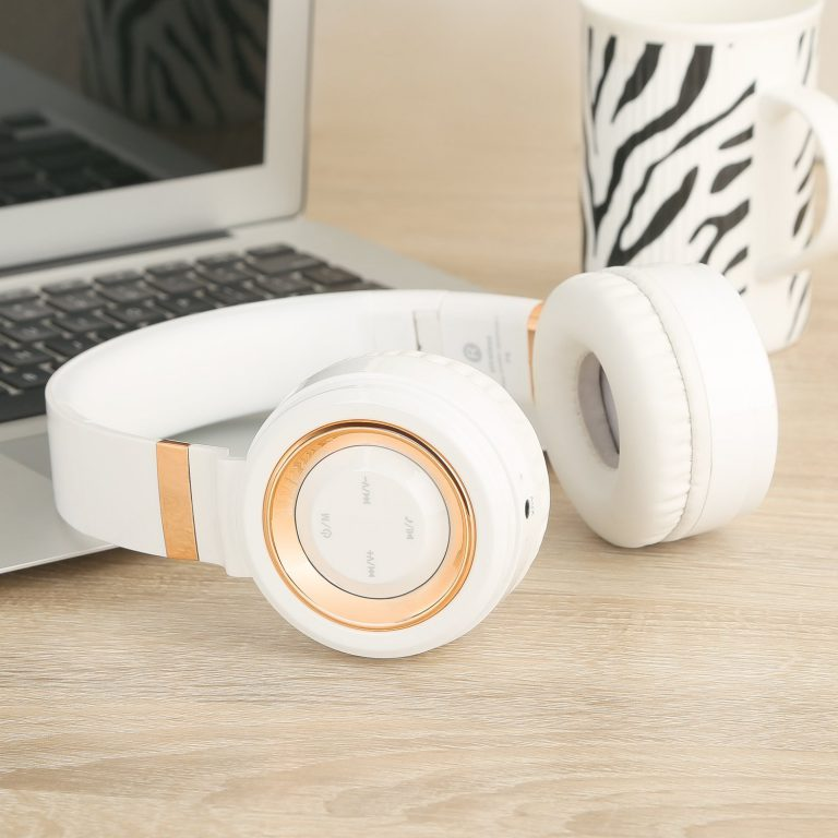 Sound Intone P6 Wireless Headphones with Microphone and Volume Control for Cellphones iPhone Laptop TV (White Gold)